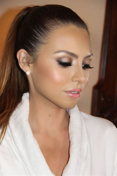 beautiful bridal makeup if you dont want a heavy make up look this is great for