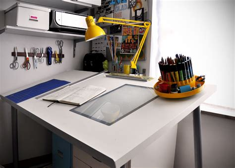 Diy Drawing Desk How To Make A Diy Adjustable Drafting Table From Any Desktop 187 Curbly Diy Design Community