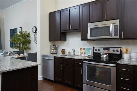 One Bedroom One Bathroom Apartments Paramount Apartments 230 Spectrum Ave Gaithersburg Md 20879