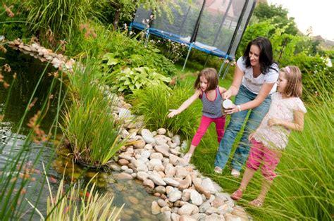 Garten Teich Pflanzen by Teich Im Garten Fachgerecht Angelegt Mein Bau