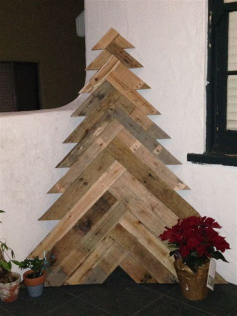 dkcc repurposing using slats from a wood pallet dckk made