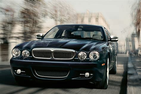 Jsx 2008 2009 Eight Edition daimler gets iot smart by linking cars to enterprise