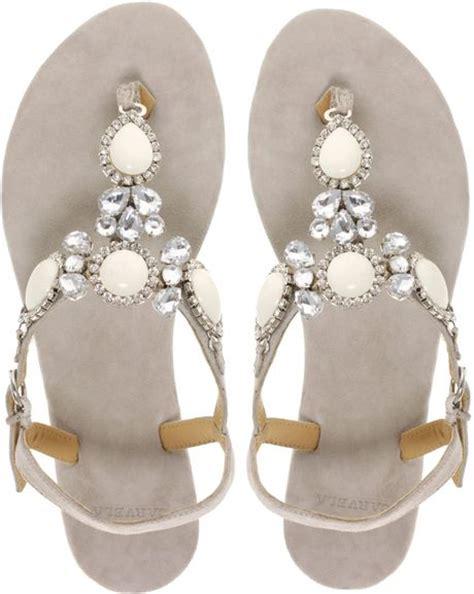 Klip Flatshoes carvela kurt geiger klip jewelled flat sandal in silver taupe lyst