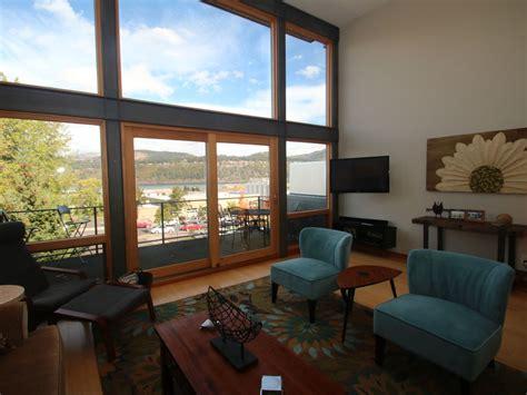 awesome 12 bedroom vacation rental 4 homeaway calissto com beautiful modern townhome sleeps 8 homeaway hood river