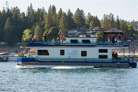 boat house by the bay bridge bay resort shasta lake houseboat rentals
