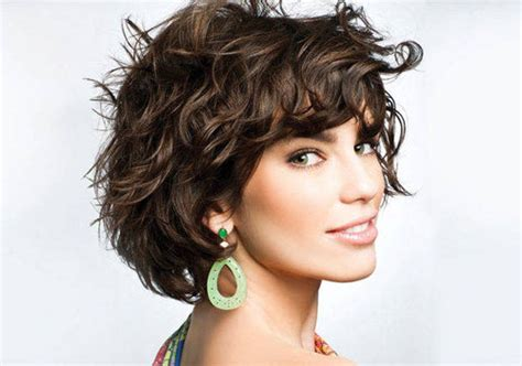 images of short hair styles for wavy hair and narrow faces 20 short wavy hairstyles short hairstyles 2017 2018