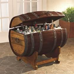 Wine Barrel Liquor Cabinet Gartendeko Aus Holz Weinfass 15 Kreative Ideen F 252 Rs Alte