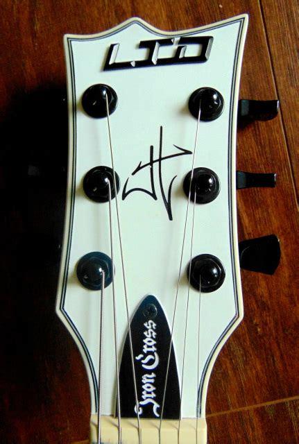 Kaos Washburn Guitars H esp ltd iron cross hetfield signature electric