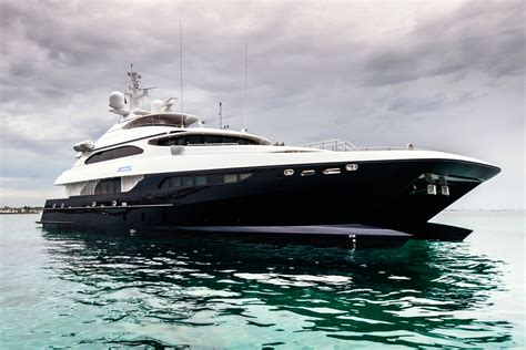 catamaran luxury yacht luxury catamaran motor yacht zenith ic0832 designed by