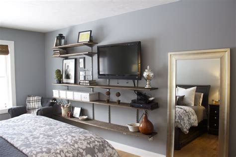 Bedroom Tv Decorating Ideas by Master Bedroom Tv Wall Fixin Up The Place