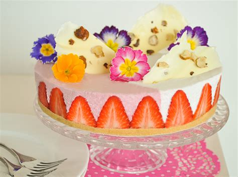 torte decorate con panna e fiori fiori e torte cm99 187 regardsdefemmes
