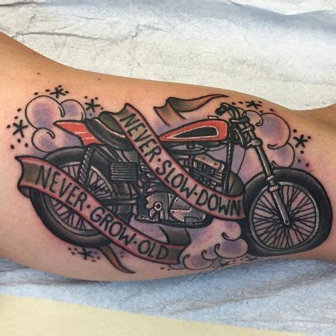 Motorrad Tattoo Frauen by 35 Besten Biker Tattoo Bilder Auf Pinterest
