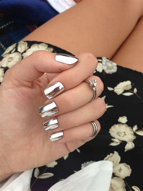 imagenes de uñas blancas con plata 30 dise 241 os para decorar tus u 241 as que debes lucir este oto 241 o