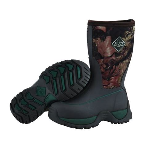 rugged outdoor boots the muck boots kid s rugged outdoor sport boot mossy oak are stylish and comfortable