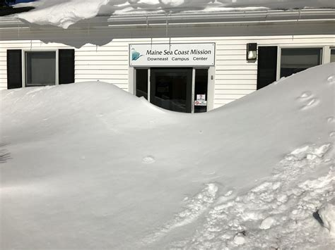 snow food pantry is open and ready to serve maine