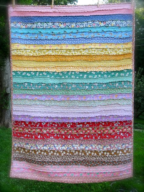 Jelly Rolls Quilt by Best 25 Jellyroll Quilts Ideas On Jellyroll