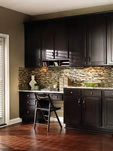 Masterbrand Kitchen Cabinets by Aristokraft S Convenient Dividers Store And Stack Items Of