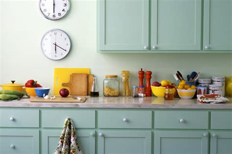 kitchen color schemes avoiding kitschy colors r tistic painting
