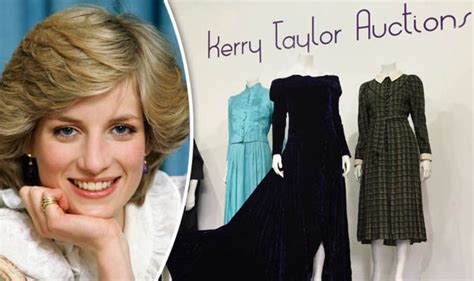 Dianas Dress Sells For 60000 by Princess Diana Dress Sells At Auction For A Price