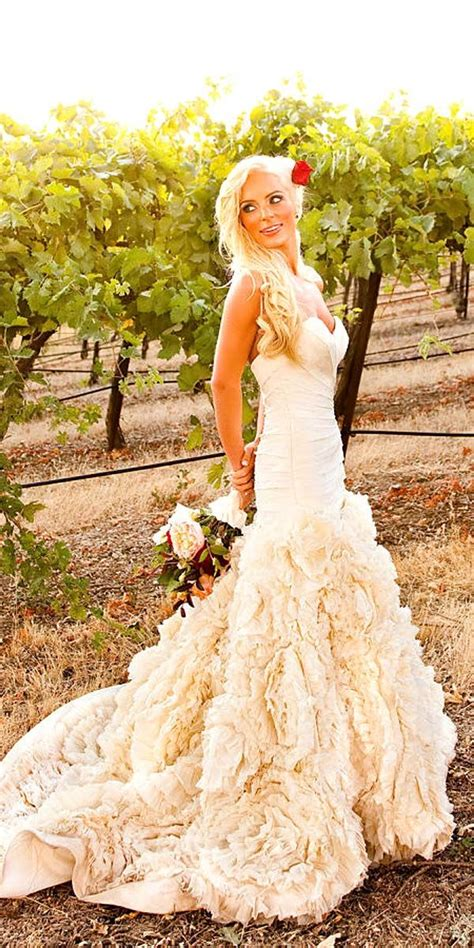 25 best ideas about feather wedding dresses on feather wedding gowns gold wedding