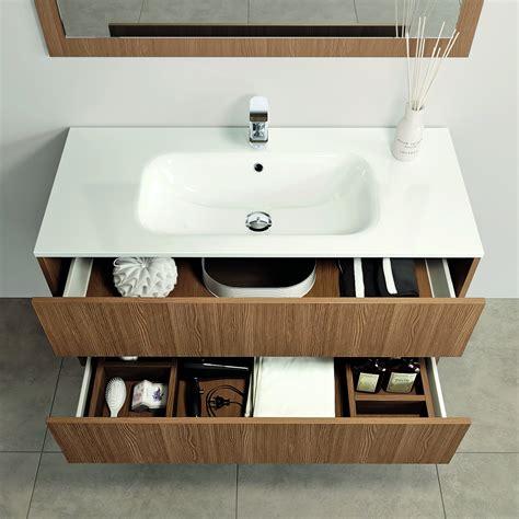 lavabo e mobile bagno mobili bagno con cassetti tutto in ordine sotto il lavabo