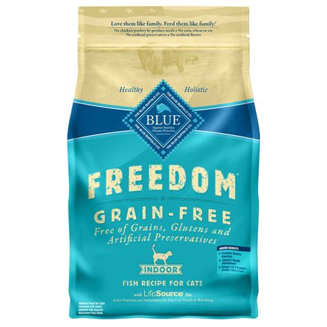 blue buffalo grain free food blue buffalo blue freedom grain free indoor fish recipe cat food petco