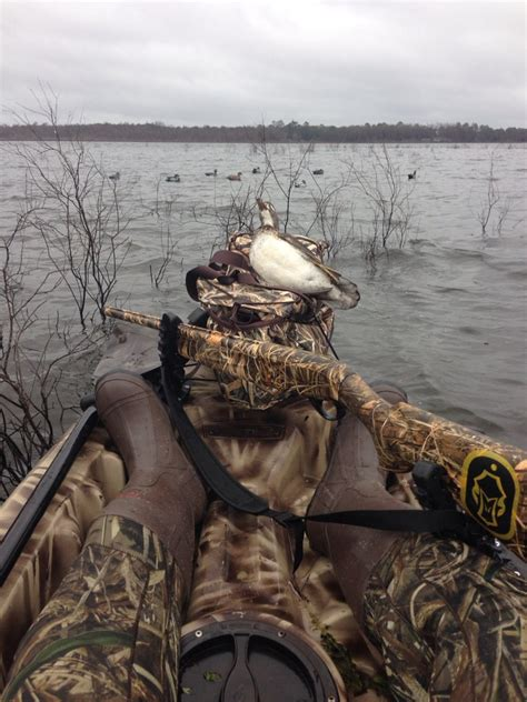 goose boat dog kayak duck hunting florida waterfowl dogs and duck calls