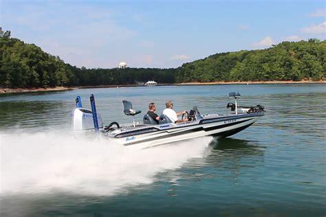bass fishing boats reviews basscat puma ftd terminal velocity boats