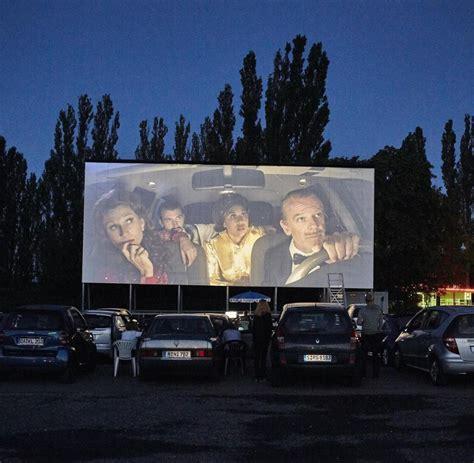 Auto Kino by Ren 233 Polleschs Stadion Der Weltjugend Das Theaterst 252 Ck