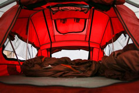 yakima tent and awning ib16 yakima rolls with drtray hitch rack new roof racks