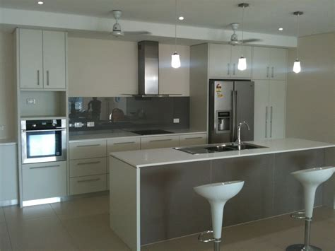 a1 kitchens and bathrooms photographs cabinetmakers darwin a1 cabinets pty ltd