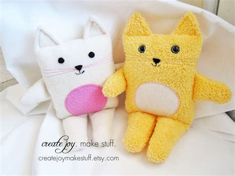 How To Make Handmade Soft Toys - cat sewing pattern pdf printable diy tutorial