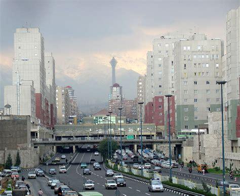 File:Tehran Pollution.jpg - Wikimedia Commons