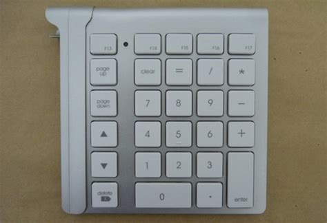 Numeric Keyboard M Tech lmp keypad makes your imac keyboard whole again technabob