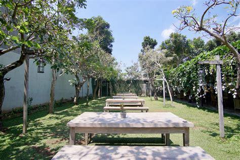 Epic Coffee Jogja Harga epic coffee furniture yogyakarta ngopi santai di kebun cantik pergidulu