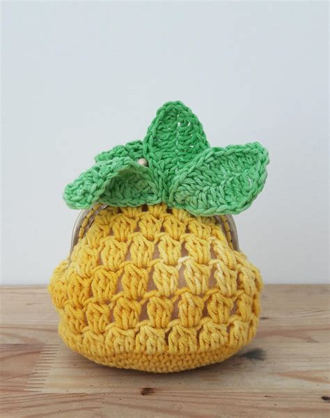free crochet pattern pineapple bag pineapple coin purse allfreecrochet com