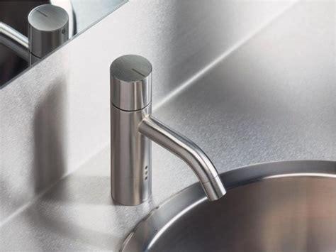 rubinetti vola miscelatore per lavabo da piano monoforo hv1e