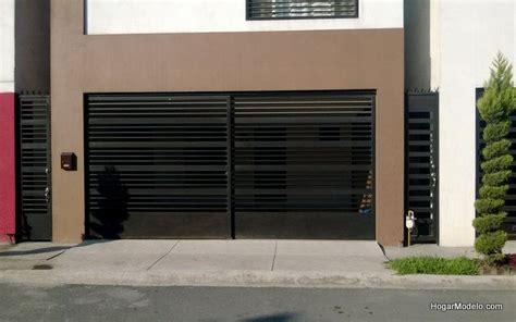 puertas de cochera puerta corrediza de cochera con barras horizontales