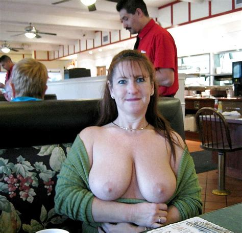Best Images About Milf On Pinterest Posts Sexy And Red Bra