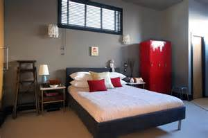 bachelor bedroom colors essential tips for bachelor living
