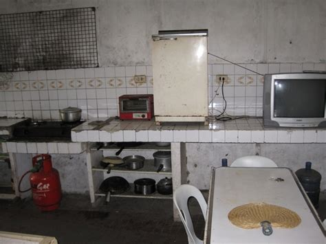 dirty kitchen design the very dirty dirty kitchen graceinfullmeasure