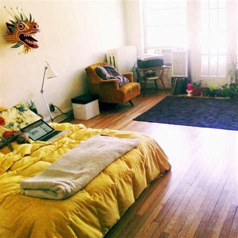 Bedroom Mattress On Floor by Best 25 Mattress On Floor Ideas On Floor
