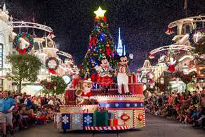 when does walt disney world remove christmas decorations