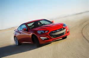 Hyundai Genesis Coupe Images 2015 Hyundai Genesis Coupe Drops Four Cylinder Gets