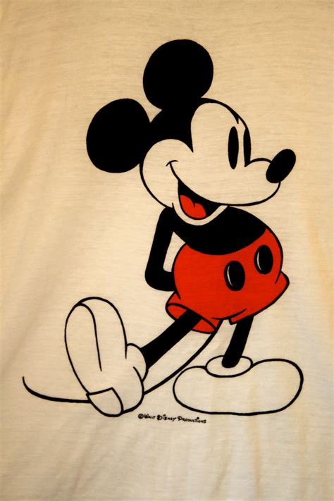 imagenes vintage mickey vintage mickey mouse ringer t shirt made in usa by