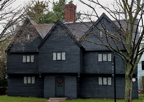 The Witch S House by 5 Things You Should About The Witch House Salem