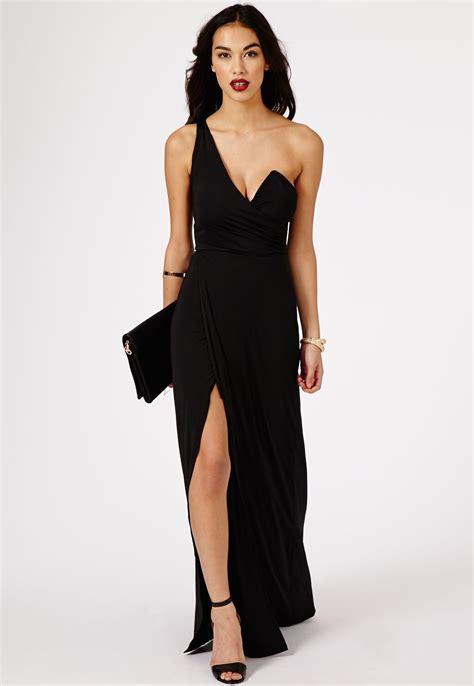 best 25 black maxi dresses maxi dress black dress journal