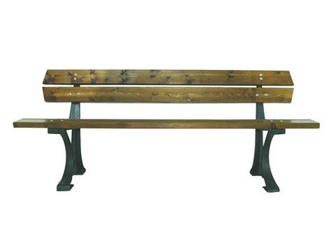 in the panchina panchina modena con piedi in alluminio e listoni in legno