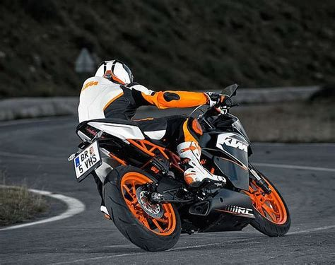 Ktm Rc 200 Autos Maxabout by I Want To Buy A Ktm Rc 125 Bikes Maxabout Forum