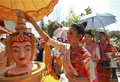 new year 15 day traditions lao new year pimai indochina voyages